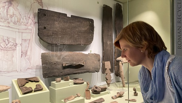 Digitising Vindolanda's Wooden Collection